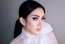 Potret Jadul Syahrini Berpakaian Sexy Jadi Hujatan Netizen!