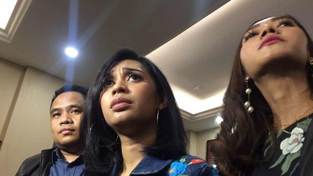 Karen Idol Berduka, Anak Dikembalikan Suami Sebagai Mayat